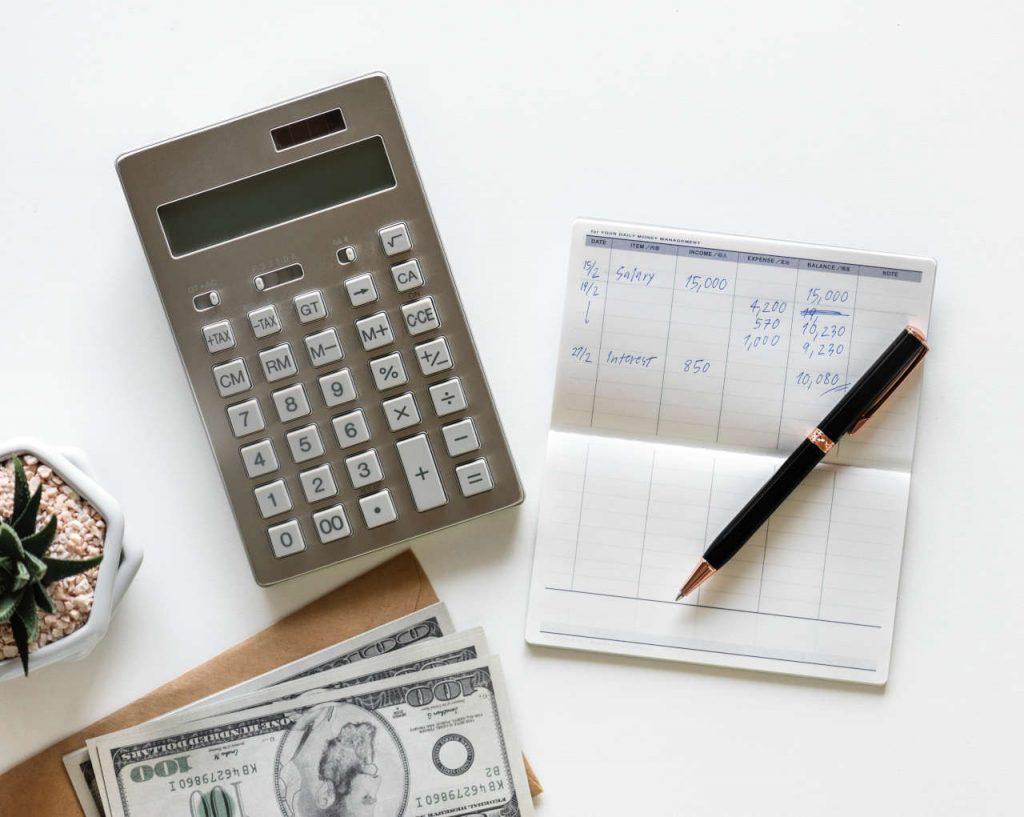 Understanding salaries in Italy